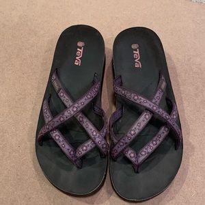 Teva Strappy Flop Flop Sandals, size 9